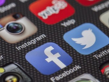 Age Gating Social Media – What does it mean for young people?